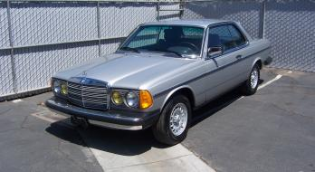 1982 Mercedes-Benz 300 CD-T - After